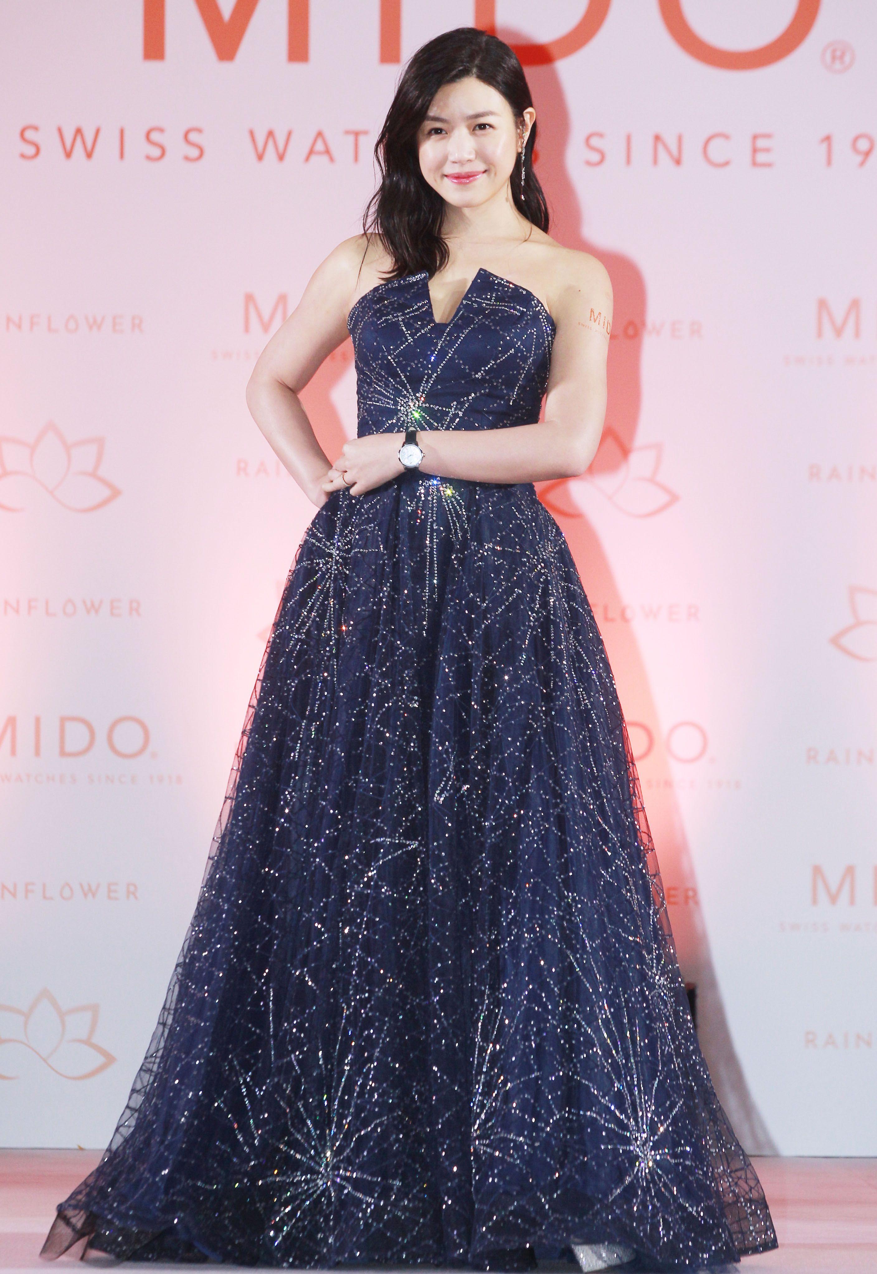 陳妍希回到娘家台灣出席代言活動,外傳婚變謠言全都是子虛烏有。(記者邱榮吉/攝影)