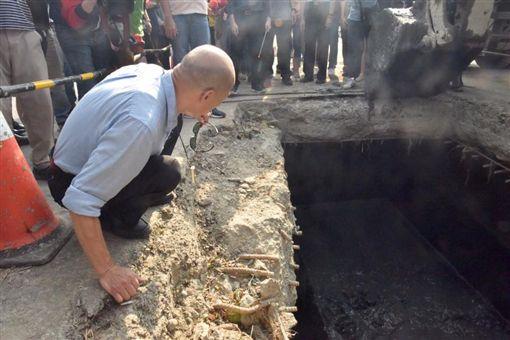 神農路清淤167噸!韓國瑜「是我們的良心」網嗆:是本分圖翻攝自韓國瑜臉書