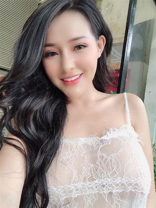 泰國人氣網紅「Ngan98」娜娜(Võ Thị Ngọc Ngân) 臉書