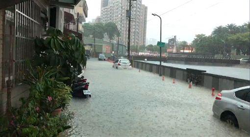 高雄,淹水,三民區,韓國瑜,清淤,回家