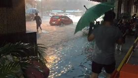淹水,大雷雨,神農路,清淤,韓國瑜,高雄