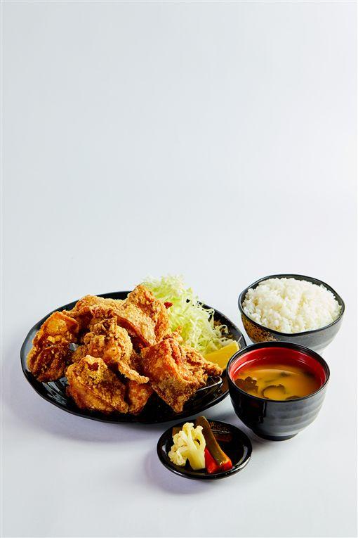 來自名古屋的鳥開親子丼