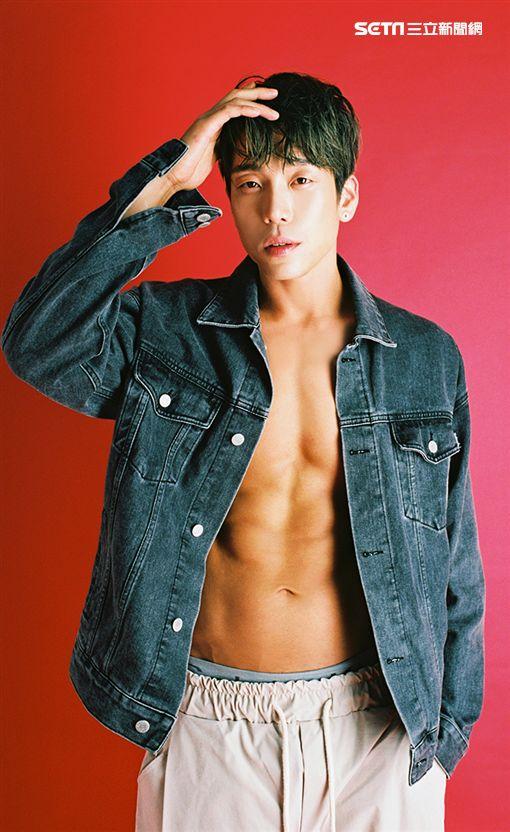 主辦單位 :亞士國際傳媒ASIAMEDIA 韓國男團2AM成員李昶旻