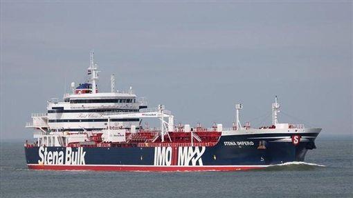 伊朗革命衛隊19日宣布,他們在波斯灣扣押懸掛英國旗幟的「史丹納帝國號」油輪。(圖取自Marine Traffic網頁marinetraffic.com)