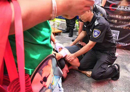 任達華遭捅傷、男子遭逮捕 圖翻攝自微博