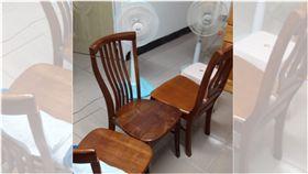 電扇,木椅,冷氣,腰部,省電(圖/翻攝自爆廢公社)