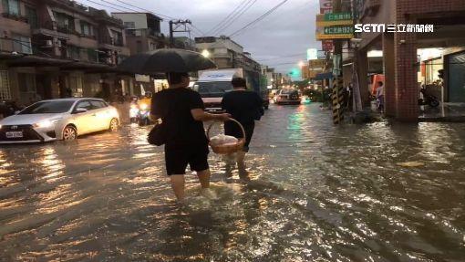 PO淹水文疑遭韓小編封鎖 網批:老蔣時代