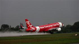 (不能開玩笑!印度亞航副機師誤傳「劫機」訊號 遭重懲停飛) 印度,亞洲航空,空中巴士,飛安 圖/Pixabay