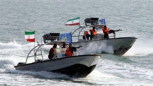 伊朗,漁船事故,英國籍油輪,直升機,登船