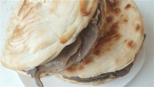 周一吃好料/碗裡就一條麵!麵條界巨無霸 陝西怪奇皮帶麵 西安麵食館 拉條子 褲帶麵