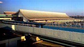 桃園機場外觀(翻攝自維基百科)