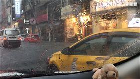 大雷雨,積水,淹水,復興南路,八德路口,台北市