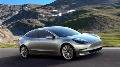 Model 3。(圖/翻攝Tesla網站)