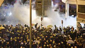 香港,反送中,港警,人肉盾牌,林鄭月娥