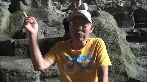 候鳥人深信百魔洞磁場能治病70多歲的陳復博是一名來自遼寧大連的退休大學教師,他與太太定居在廣西巴馬瑤族自治縣的「百魔洞」附近8年,深信當地磁場能治癒疾病。中央社記者繆宗翰廣西巴馬攝 108年7月23日
