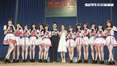 人氣女團AKB48 Team TP發片記者會合照。(記者林士傑/攝影)