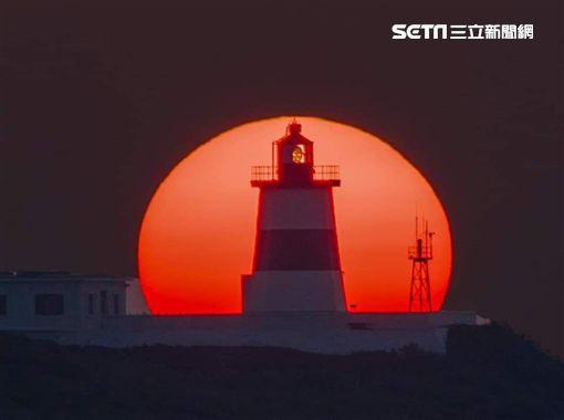 北海岸,富貴角燈塔,美景,夜景,燈塔懸日(提供者 張隆)