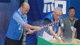 吳敦義韓國瑜鋤頭,韓國瑜與立委提名人。