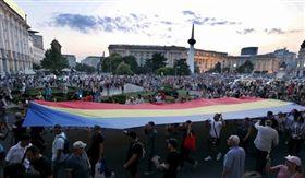 羅馬尼亞,警救人,龜速,綁架,死亡,上街怒吼