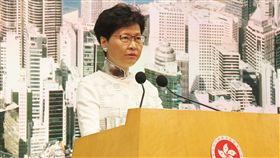 港特首:續為香港市民服務香港特首林鄭月娥15日透過辦公室指出,她仍有熱誠和承擔為香港市民服務;圖為林鄭月娥早前出席記者會時,也曾表達同一立場。(資料圖片)中央社記者張謙香港攝  108年7月15日
