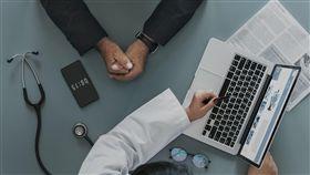 義診,看醫師,就醫(示意圖/pixabay)