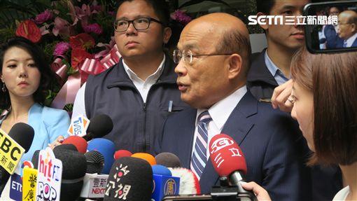 行政院長蘇貞昌受訪。(圖/記者盧素梅攝)