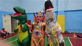 大安分局辦體能常訓!波麗士熱情參與 電音三太子大秀舞技