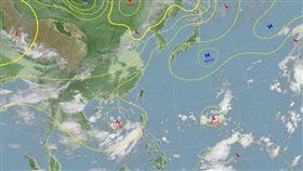 目前在南海和菲律賓東方海面各有一個低壓。(圖/翻攝自中央氣象局)