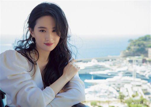 劉亦菲。翻攝自微博