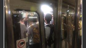 香港,反送中,全港大塞車,癱瘓港鐵,阻塞