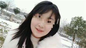 漫畫諷刺時事!22歲中國正妹遭指「辱華精日」被逮捕(圖/翻攝自張女推特)