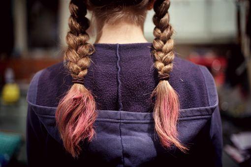 頭髮,染髮,髮色。(圖/翻攝自unsplash)