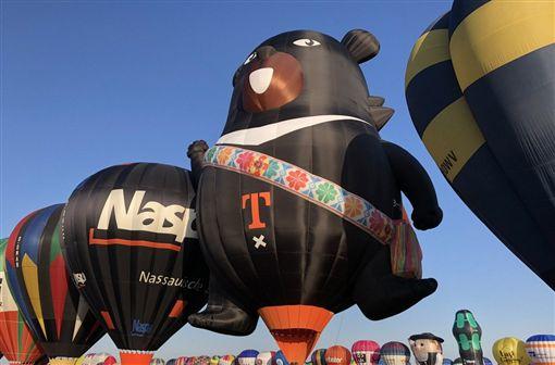 法國,熱氣球,台灣,喔熊,升空(圖/中央社)
