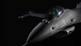 F-16V戰機(圖/翻攝自洛克希德馬丁公司網頁)