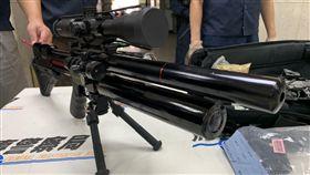 刑事局,改造槍枝,山豬殺手,空氣槍,槍砲彈藥刀械管制條例。呂品逸攝