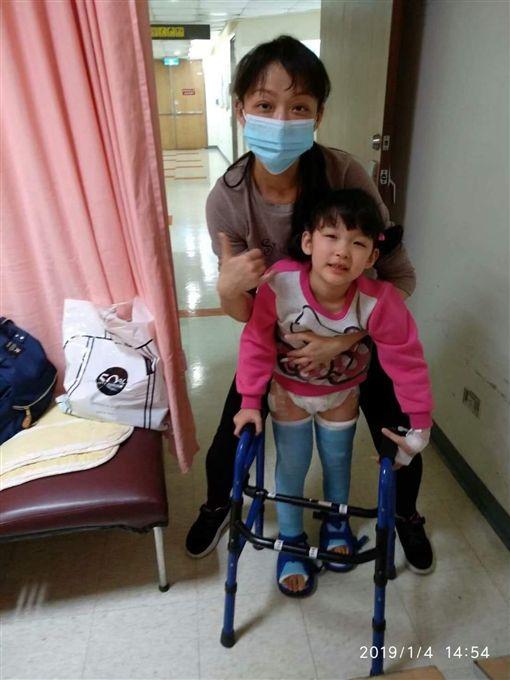 天生性下足癱,癱瘓,女童,沛沛,簡沛儀(記者郭奕均攝影) ID-2049392