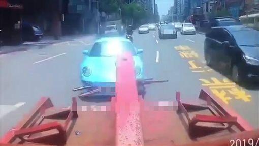 台北,拖吊,保時捷,司機(圖/翻攝爆料車界(爆料+對質))