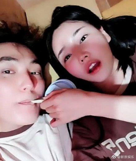 安七炫 熱戀 車模 圖/韓網 微博