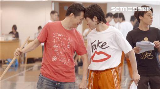 蕭敬騰 哈林庾澄慶《西哈遊記-魔二代再起》 耳東劇團提供