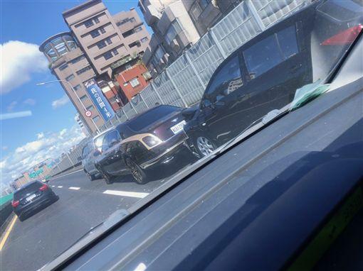 台北,市民大道,賓利,追撞,賠償