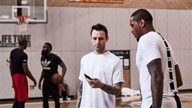 NBA/甜瓜還很強!訓練師公布影片 NBA,休士頓火箭,Carmelo Anthony,自由球員 翻攝自推特