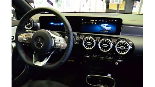 ▲Mercedes-Benz CLA。(圖/鍾釗榛攝影)