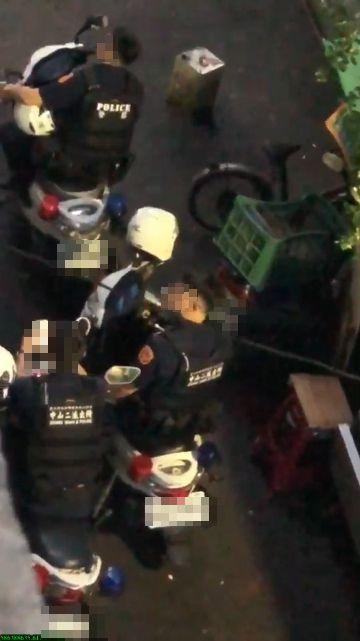 台北,中山,警員,菸蒂,廢棄物清理法,垃圾,亂丟。翻攝畫面