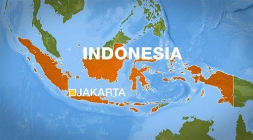 (印尼漁船婆羅洲島外海沉沒!至少4人喪生數10人失蹤)印尼,爪哇海馬塔西里島,沈船(圖/翻攝自Aljazeera)https://www.aljazeera.com/news/2019/08/dead-dozens-missing-indonesian-fishing-boat-sinks-190802114548333.html