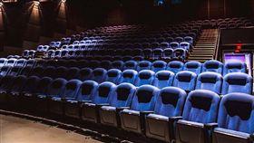 午夜場、電影院、影廳(圖/翻攝自Pixabay)