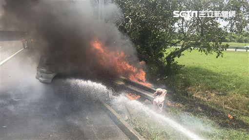 國道,火燒車,焦屍,台南,翻攝畫面