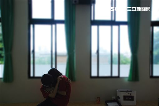 ▲《未來無恙》紀錄兩位偏鄉少女的生活。(圖/牽猴子整合行銷提供)