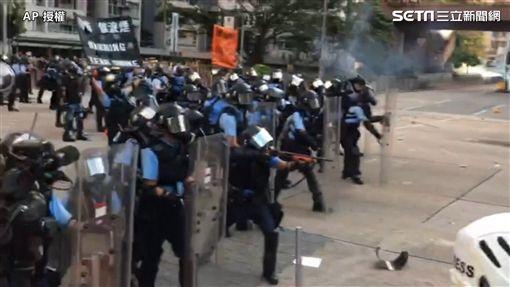 香港,反送中,香港三罷,催淚彈(圖/AP授權)