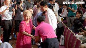 柯文哲父母,柯爸,柯媽出席台灣民眾黨,創黨大會