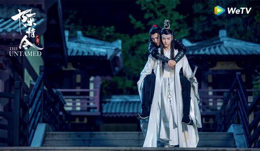 由王一博(前)肖戰主演的WeTV《陳情令》掀起腐女追劇熱潮。(圖:WeYV提供)